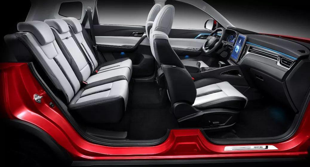 这款自主SUV售价7万起,1.5T6AT还满足国六排放