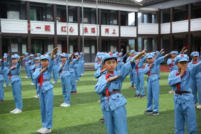 红军小学里的红色传承