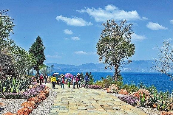 晋升为国家旅游度假区后 为什么说抚仙湖旅游必将大火?