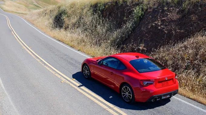 来一场心跳加速的体验 丰田性能跑车可玩性强