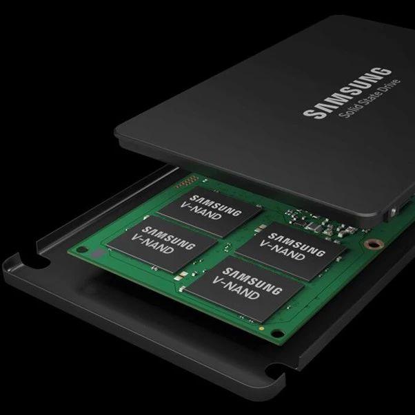 英特尔10代处理器上市时间曝光 | 三星电子将提高NAND闪存价格【超能简讯】