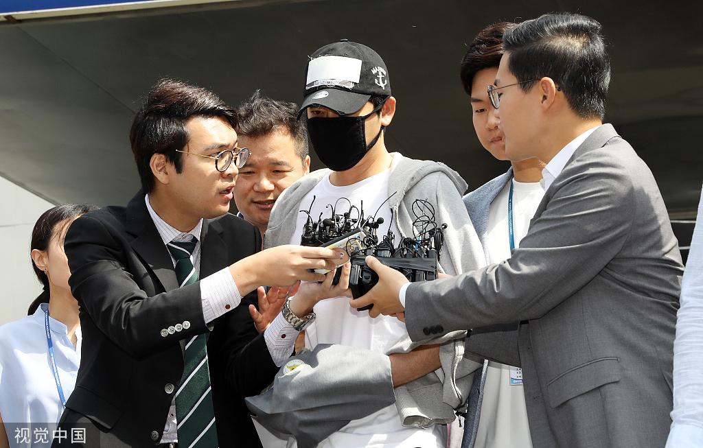 姜至奂因涉嫌性侵出席庭审,预计今晚决定是否签发拘捕令