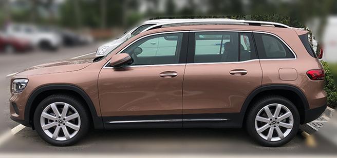 首台国产奔驰GLB实车现身国内!轴距超凯迪拉克XT4 配1.3T+四驱