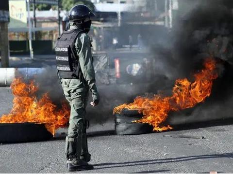 【警报推送】委内瑞拉首都加拉加斯将爆发亲政府抗议