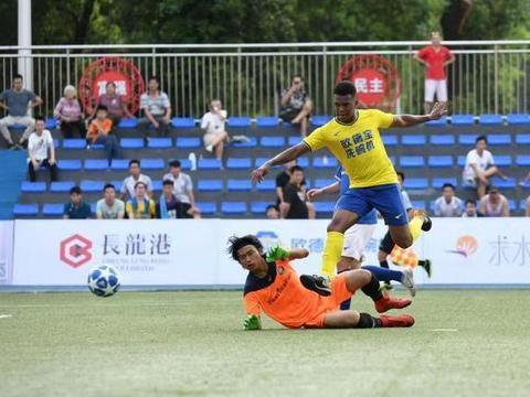 第17届南岭铁狼杯足球赛开幕 32队争夺广东业余足球传统锦标