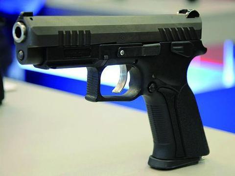 斯洛伐克大威力公司Q100半自动手枪