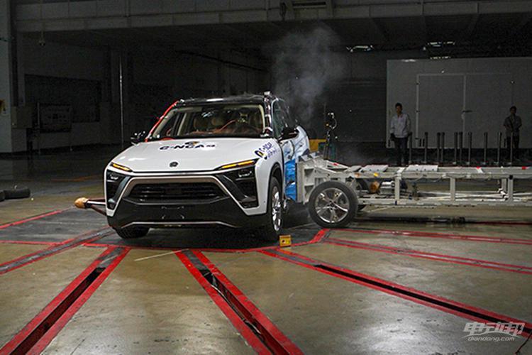 蔚来ES8/小鹏G3/威马EX5获五星评级,C-NCAP碰撞成绩来了
