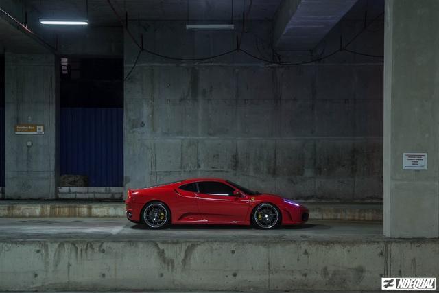 红色法拉利F430深夜大片,漂亮!