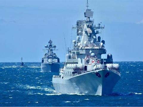 俄罗斯开始反击,两大航母杀手现身丹麦海峡,英三艘万吨舰被堵住