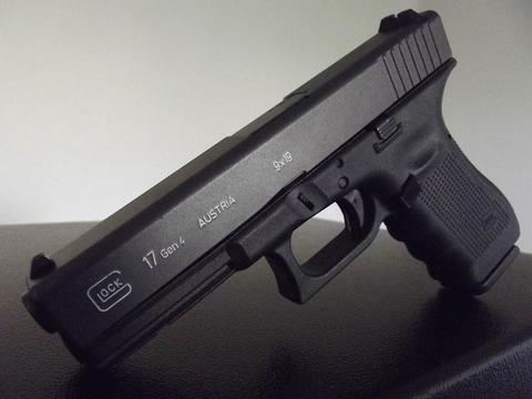 士兵为什么用半自动手枪作为备用武器,而不是全自动手枪?