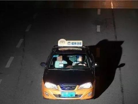 韶关一男子无证驾驶出租车,一开就是两年!