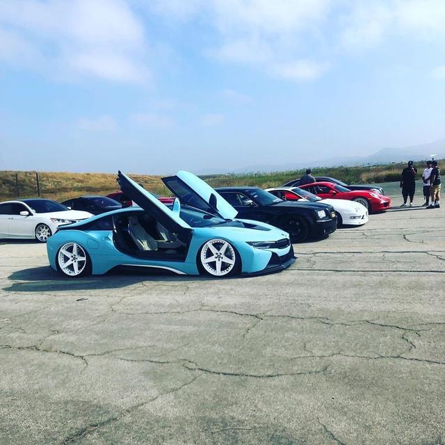 回到未来,改装BMW i8,这个有点帅了!