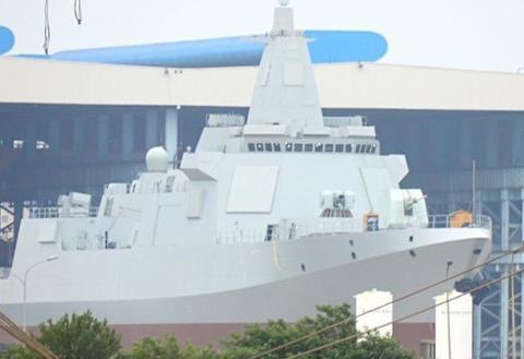 055型驱逐舰的雷达究竟是双频段还是四频段?