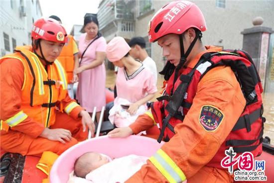 入汛以来,全国消防救援队伍参加救援2536起 营救疏散5万余人