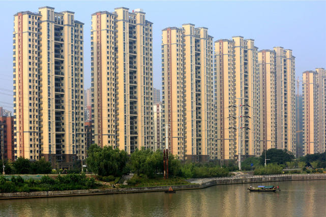 """房价涨幅稳中有降 中国房地产市场拒绝""""大起大落"""""""