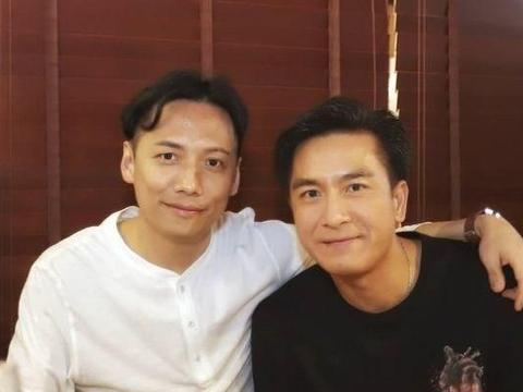 马国明参加TVB14期艺训班同学聚餐,获推做视帝,为他们争光