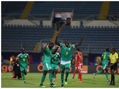 库利巴利:进决赛让塞内加尔举国欢腾,停赛使我难过