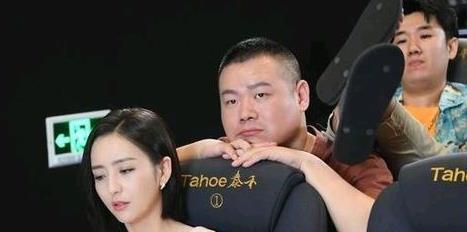 佟丽娅电影院被人欺负岳云鹏不理不睬?原来是拍宣传片!