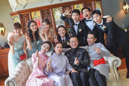 张若昀大婚,为何合照不见其父张健身影?原来父子间有这段隔阂