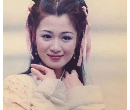 """""""双儿""""陈少霞二婚后产女,再嫁豪门的她满屏都洋溢着幸福感"""