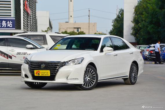 视频:日本的丰田皇冠广告。