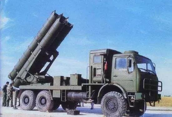 中国制造的卫士-2火箭炮,拥有较多现代化功能的多管火箭炮