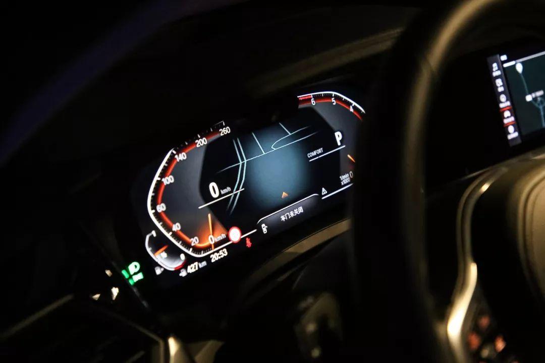 """上半年""""最热门""""的换代新车,轴距近3米!奔驰、奥迪小心了!"""