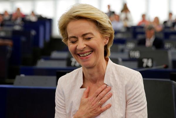 冯德莱恩成欧盟首位女掌门 经营人脉网络游刃有余