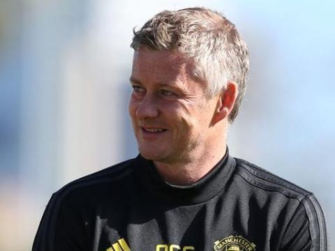 索帅斯克亚坚决留下博格巴,有他在曼联可以冲击英超联赛冠军