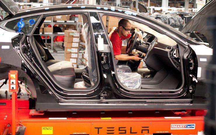 """胶带修复零件也能装车,特斯拉为赶工期被批""""偷工减料"""""""