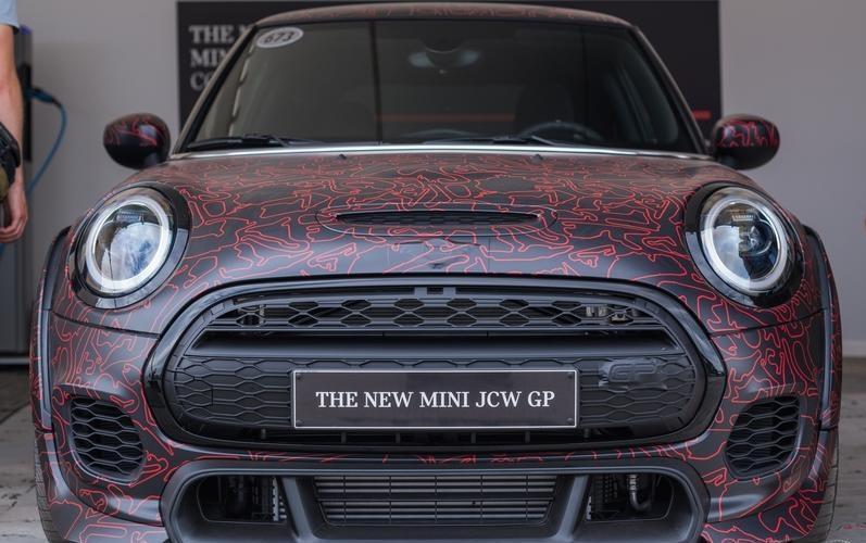 Mini再出新车型,参考宝马全新mini设计,动力强悍可达300马