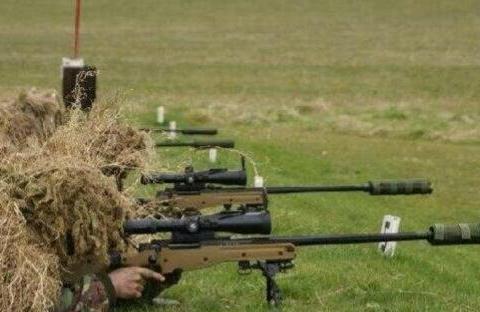 世界上射击最远的狙击枪,2475米外杀人