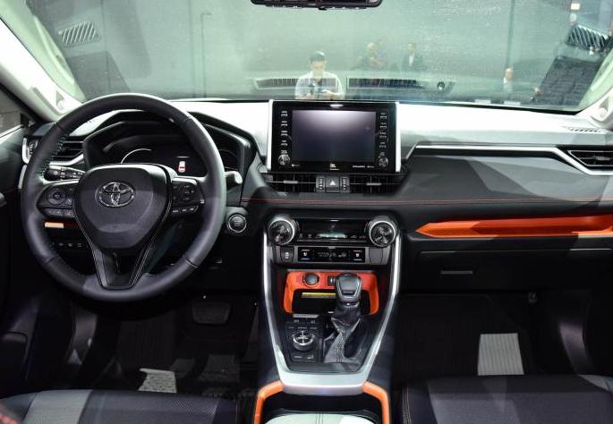 提供2.0自吸/2.5混动动力,丰田全新RAV4荣放将于10月上市