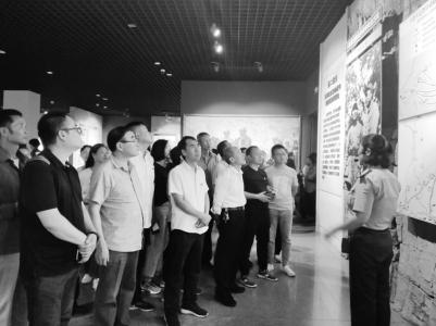 襄汾县非公和社会组织工委培训班参观八路军太行纪念馆