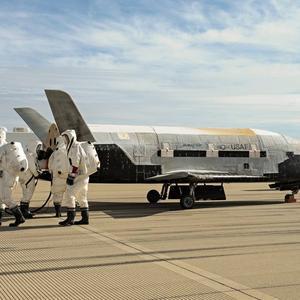 美军绝密飞机太空飞行时被拍 可能暴露深层次秘密