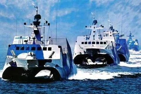 双体航母真的是单体航母的终结者吗?双体航母的战斗力究竟如何?