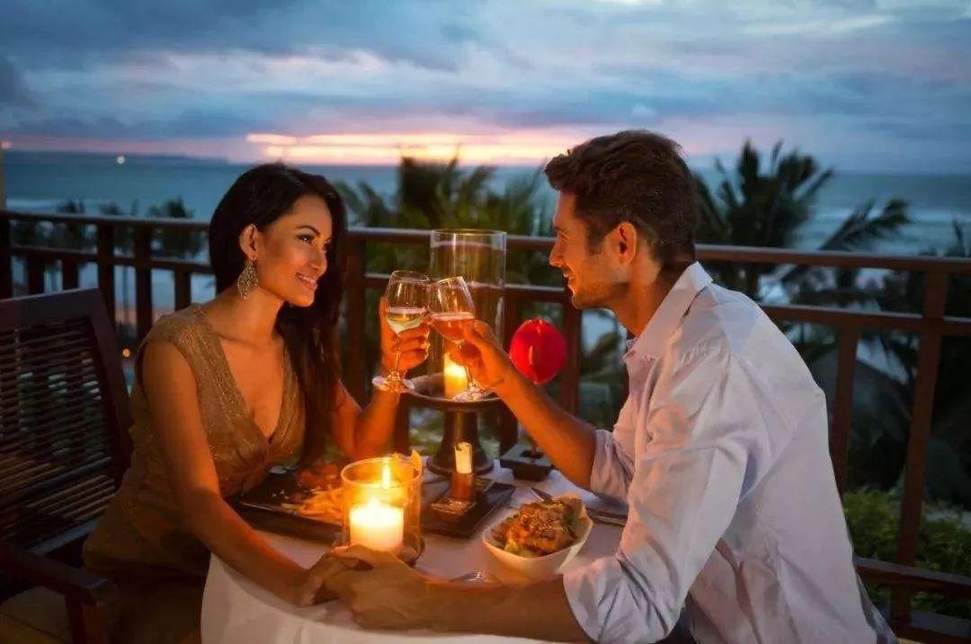 同一个世界的人,才会愿意坐在一桌吃火锅