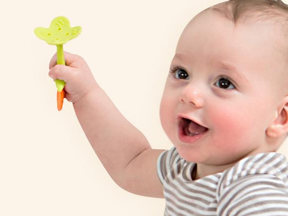 还为宝宝见啥咬啥烦恼吗?推荐几款进口婴儿安抚牙胶