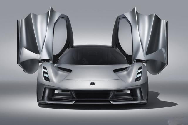 吉利膨胀了?收购路特斯第一款车就卖1500万,还是电动的