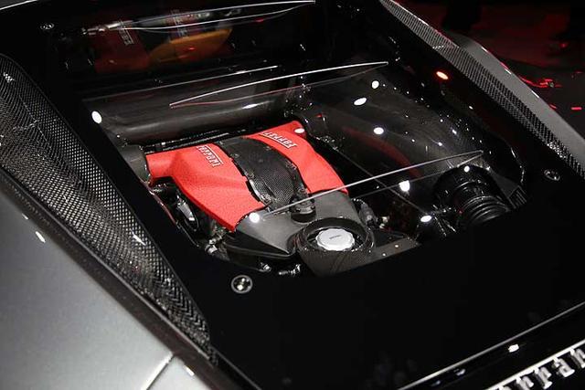 700匹马力,340万起售,法拉利F8 Tributo台湾地区正式上市