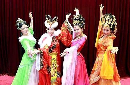 四大美女身上都有生理缺陷,杨贵妃的最可怕,一般人都受不了