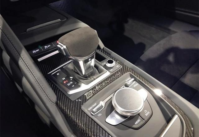 """3.1秒破百!奥迪又一""""硬货""""来了,碳灰色车漆,配V10自吸引擎"""