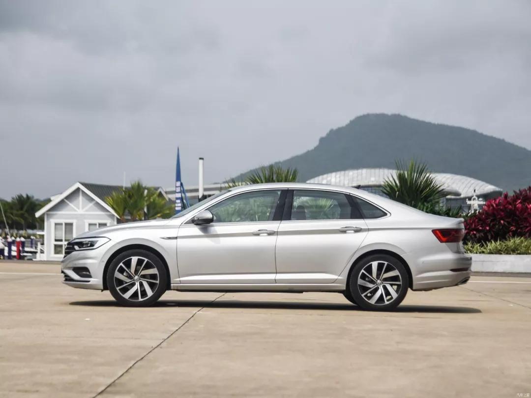 2019上半年最畅销10款车,大众途观只能排第6,第一名1秒卖50辆