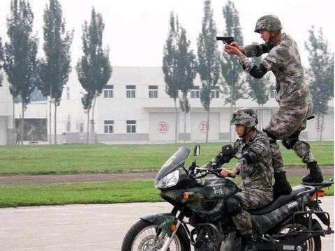 被遗忘的国产大排量摩托车,嘉陵600,别样复古风!