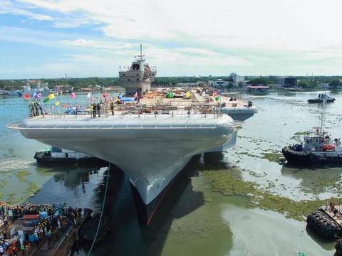 亚洲大国又创造记录,人类海军史从未有过,船快建好发动机忘装了