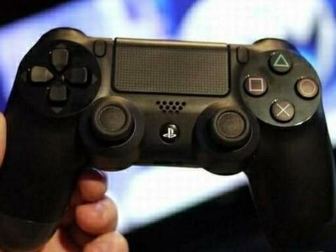 索尼无奈:PS4的配置比PC低得多,但运行游戏比PC顺畅