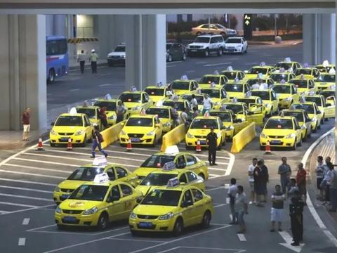 出租车电动化是大势所趋 逸动EV460在重庆打响换车第一枪