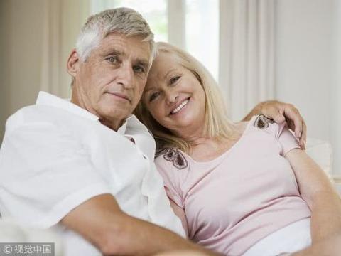 老年人想要健康长寿,需补充乳制品、胡萝卜、鸡蛋等含维生素食物