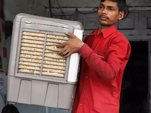 """印度56高温怎么过?""""土空调""""被抢光,驴友:太有想法"""