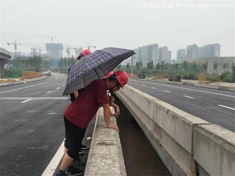 中铁广州局市政环保公司安质到信息十二路项目检查工作